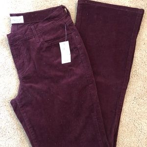 Old Navy Sweetheart Corduroy Bootcut Size:6